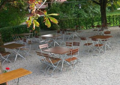 Akropolis-Simbach-Biergarten