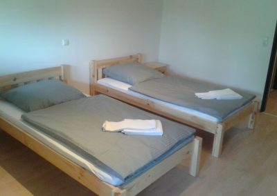 Akropolis-Simbach-Fremdenzimmer-Betten