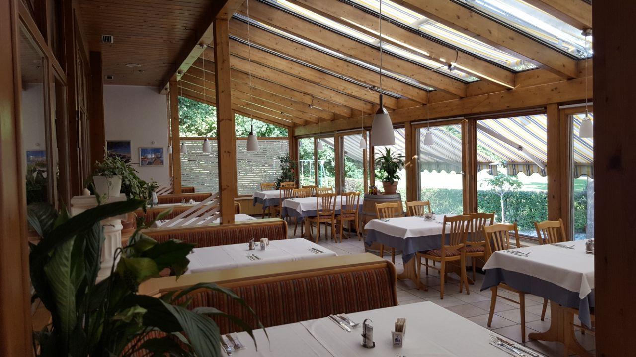 Wintergarten Taverne